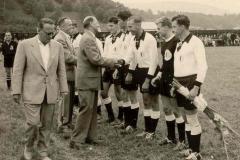 1958-Eröffnungsspiel-gegen-SV-Polizei-Linz-4-4-1