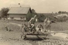 1957-Bau-des-Sportplatzes-2